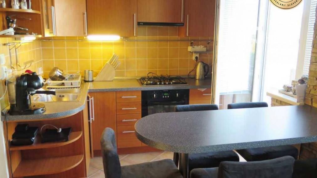 PREDAJ - 2 izbový pekný byt na Širokej ulici - Vajnory