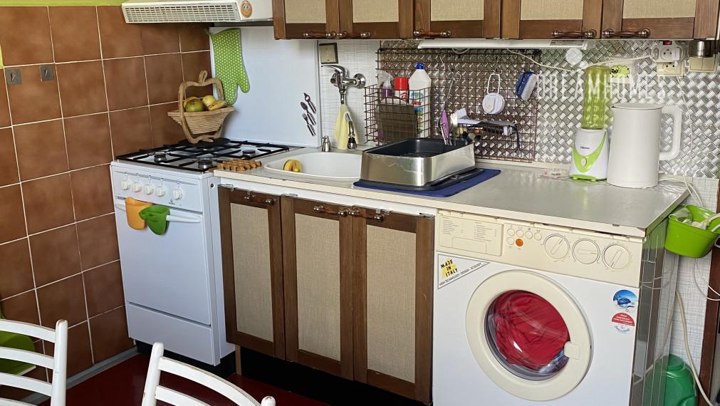 PREDAJ - 1 izbový byt vo výbornej lokalite - Ďatelinová - Ružinov